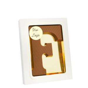 Grote Letter F met logo melk