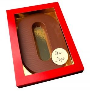 Letter O met logo melkchocolade