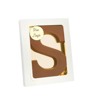 Grote Letter S met logo melk