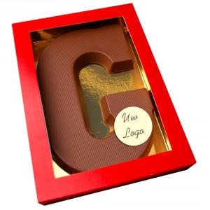 Letter G met logo melkchocolade
