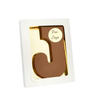 Grote Letter J met logo melk