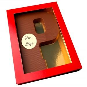 Letter P met logo melkchocolade