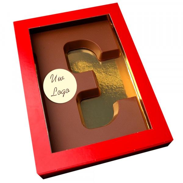 Letter E met logo melkchocolade