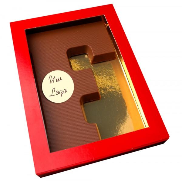 Letter F met logo melkchocolade