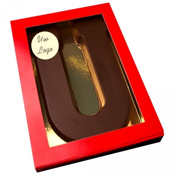 Letter U met logo pure chocolade